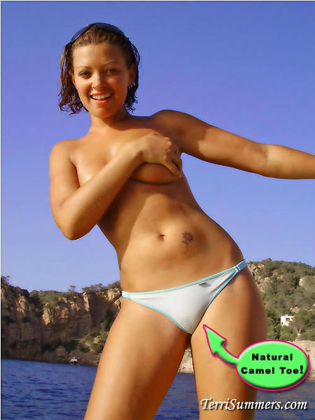 terri-summers-natural-camel-toe