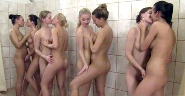Cheerleader Squad Making Out In Showers